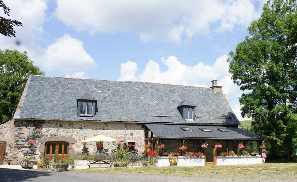 Village vacances cantal bord de lac parc volcans d 39 auvergne - Chambre d agriculture du cantal ...